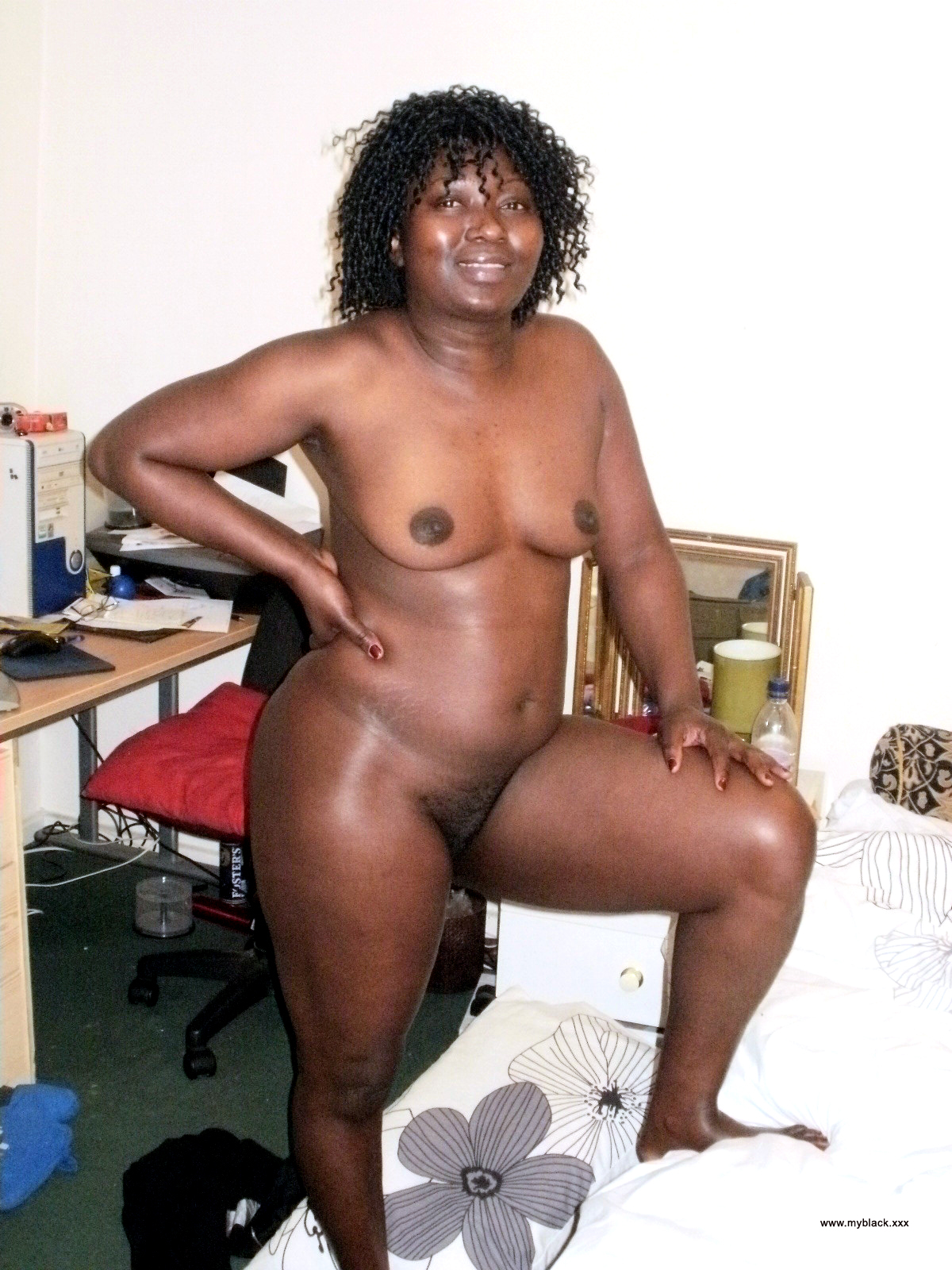 naked black fat mothers