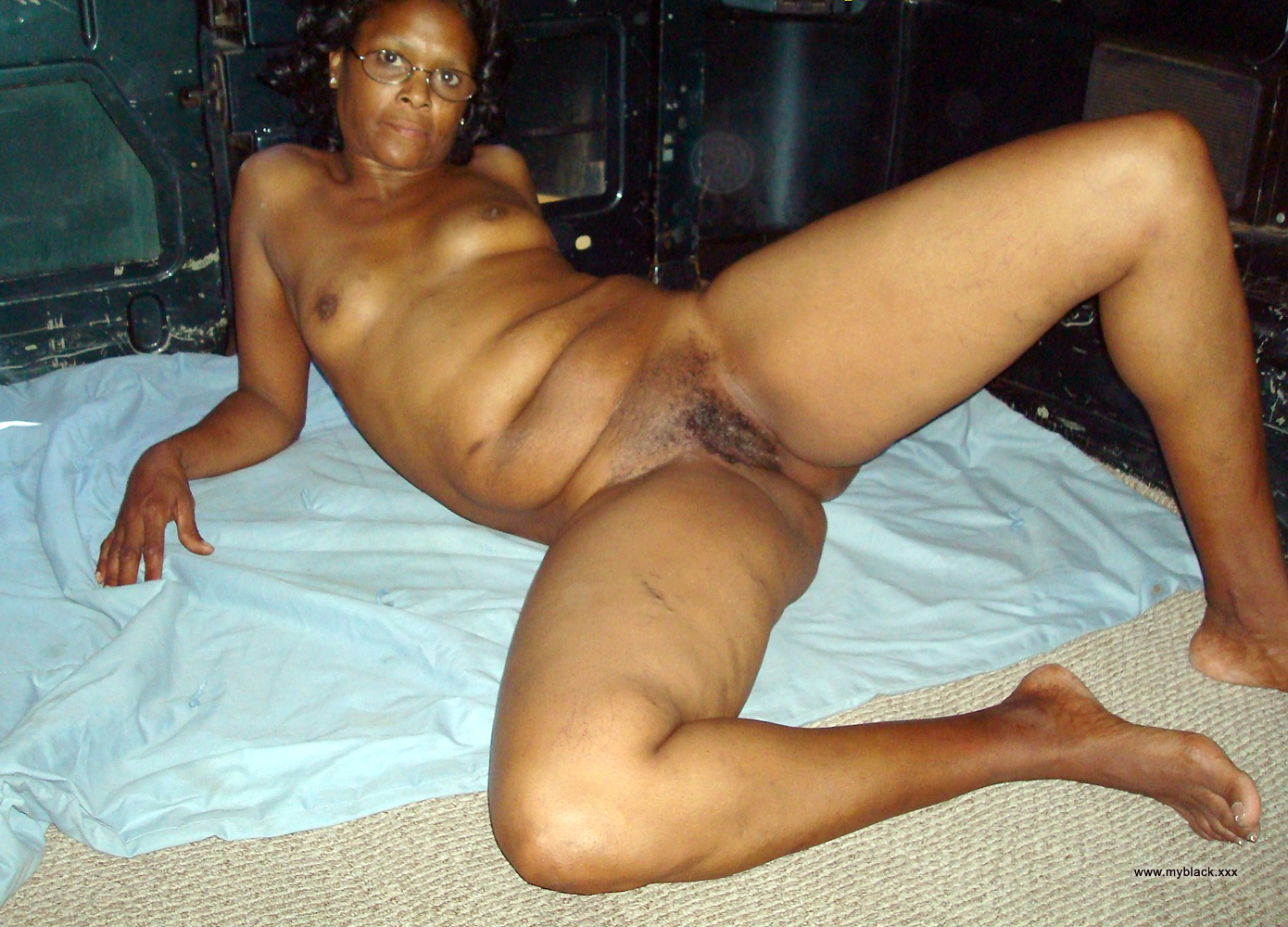 naked thick redbone whores