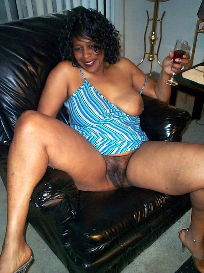 Mature Swallow Black Cum